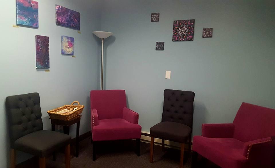 West hartford Comfortable massage waiting room