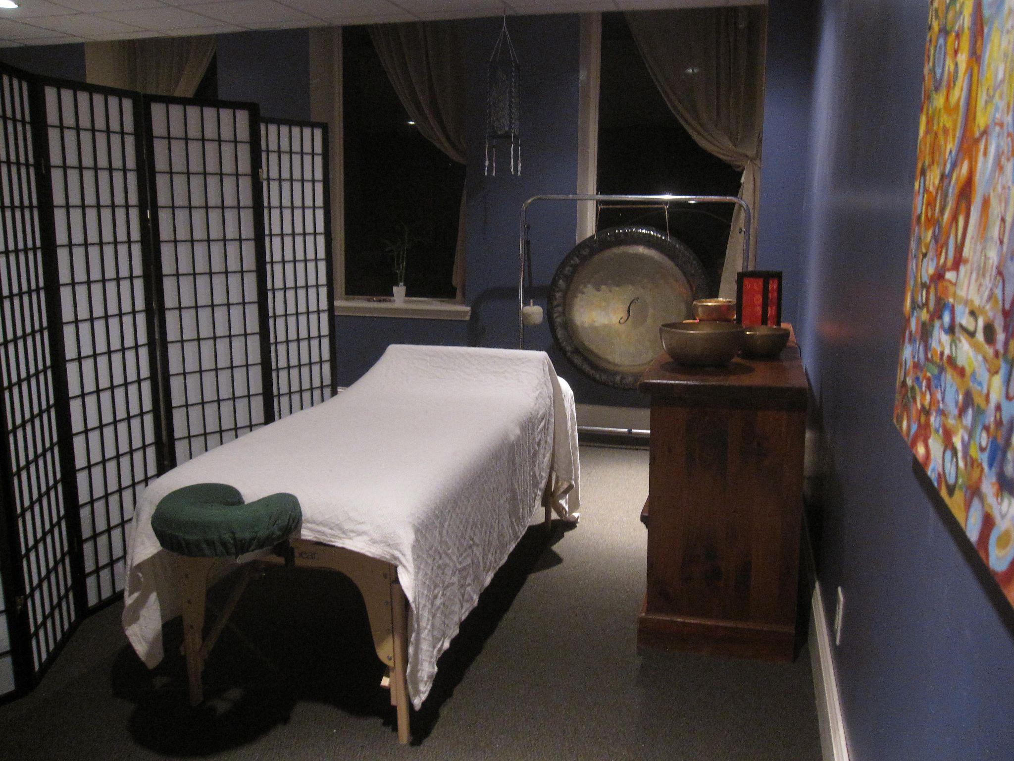 Comfortable Massage table