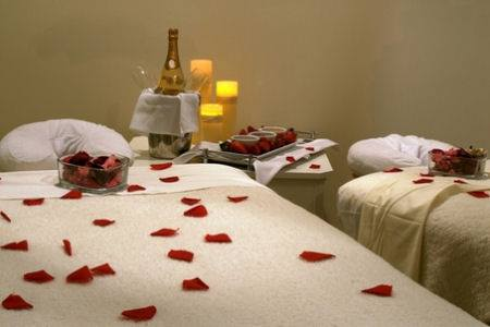 Best couples massage in West Hartford